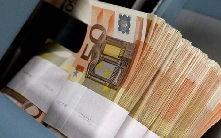 «Έφυγαν» από τις ελληνικές τράπεζες 1,18 δισ. ευρώ μέσα σε 10 μέρες