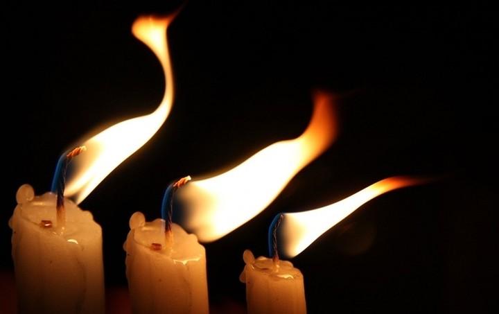 Στα Ιεροσόλυμα η ελληνική αντιπροσωπεία για να παραλάβει το Άγιο Φως