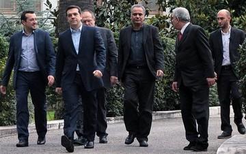 Τα τρία «μέτωπα» της κυβέρνησης