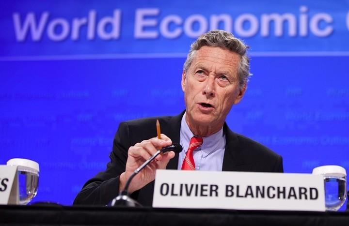 Μπλανσάρ:«Μια ελληνική κρίση δεν μπορεί να αποκλειστεί»