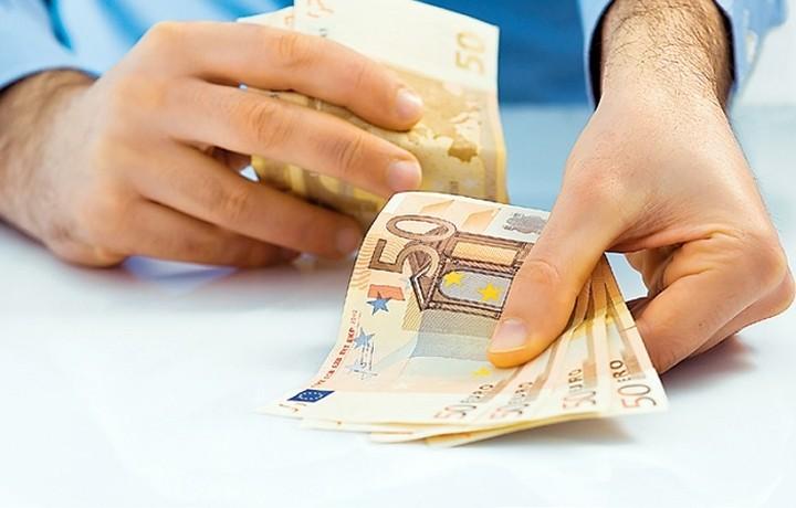 Σχεδόν 1 δις ευρώ αγγίζουν οι ρυθμισμένες οφειλές