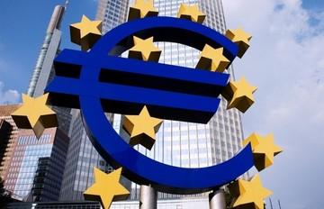 Η ΕΚΤ αυξάνει στα 74 δισ. την ρευστότητα στο ELA
