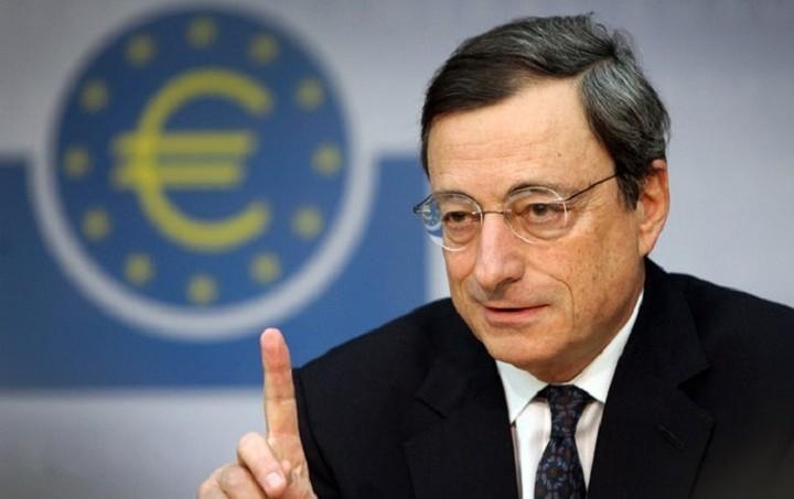 Ντράγκι: Στα χέρια της ελληνικής κυβέρνησης η λύση για τον ELA