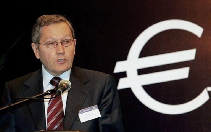 Ρέγκλινγκ: Βιώσιμο και χωρίς κούρεμα το ελληνικό χρέος