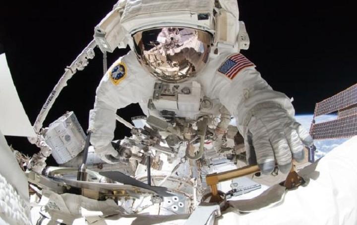Η NASA σε πληρώνει 18.000$ για να κοιμάσαι!