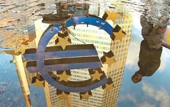 Nomura: Αυξημένες στο 40% οι πιθανότητες ενός Grexit