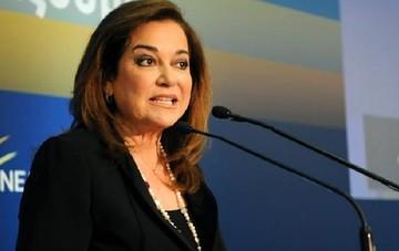 Επίθεση Μπακογιάννη: Καμία δημοκρατία δεν διαπραγματεύεται με τρομοκράτες