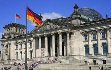 Financial Times: Φουντώνει η δυσπιστία της Γερμανίας προς την Ελλάδα