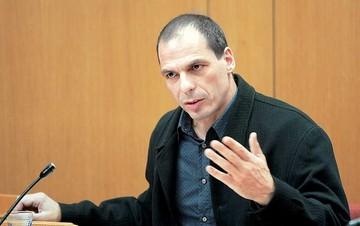 Βαρουφάκης: Λάθος η επιστροφή του 1,2 δισ. του ΤΧΣ