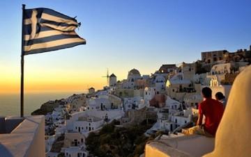 Ξεκινά voucher τουρισμού για 8.000 ανέργους 18-29 ετών - Όλες οι λεπτομέρειες