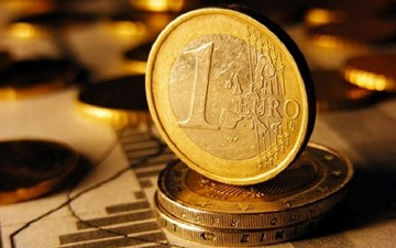Συνάλλαγμα: Πώς διαμορφώνεται η ισοτιμία ευρώ - δολαρίου