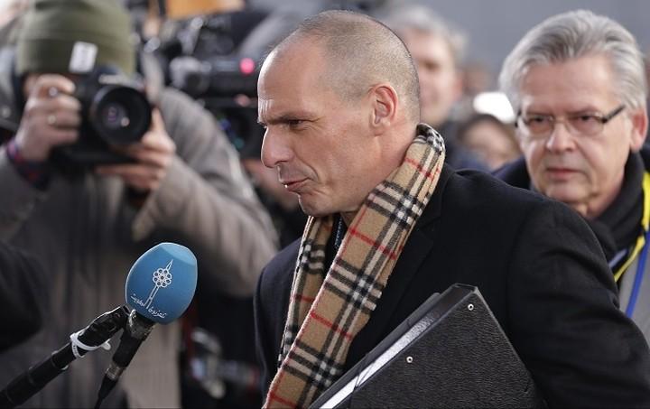 Επίθεση στον Βαρουφάκη στο Eurogroup: Τον αποκάλεσαν ανεύθυνο και τζογαδόρο