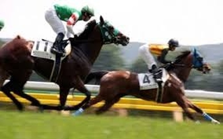 OΠΑΠ: Υπεγράφη η σύμβαση για το ιπποδρομιακό στοίχημα