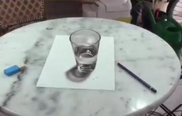 Απίστευτο: Βλέπετε ένα ποτήρι νερό; Κι όμως δεν είναι..