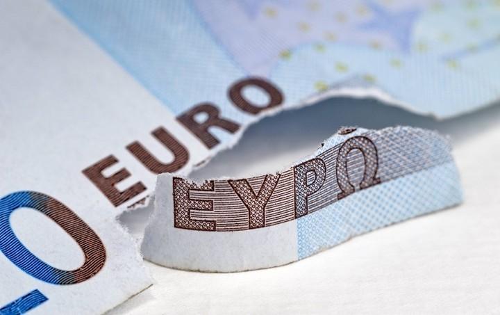 Πέντε λόγοι κατά της εξόδου της Ελλάδας από το ευρώ