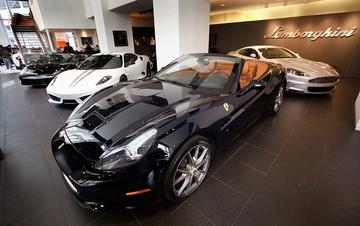 Αυξάνεται ο φόρος πολυτελείας αυτοκινήτων