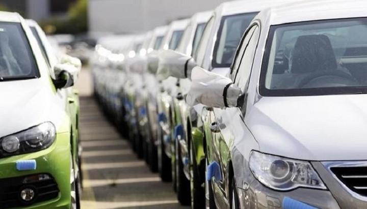 Πόσα θα πληρώσουν οι ΙΧηδες με τον νέο φόρο στα αυτοκίνητα - Πίνακας