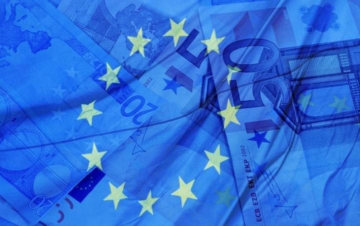 Bloomberg: Ελλάδα και ΕΕ «τρέχουν» τη διαπραγμάτευση - «Κλειδί» για τη συμφωνία ο Τσίπρας