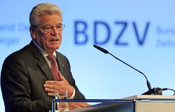 Γερμανός Πρόεδρος:«Η Γερμανία πρέπει να εξετάσει τις πολεμικές αποζημιώσεις στην Ελλάδα»