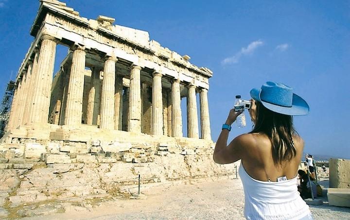 Ποια μέρη θα βουλιάξουν από τουρίστες και σε ποια... θα τους ψάχνουν με το κιάλι