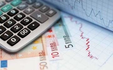 FAZ: Έτοιμη να δεχθεί τις πιέσεις των δανειστών για αύξηση του ΦΠΑ η Αθήνα