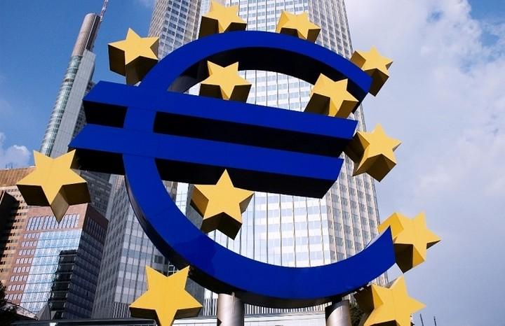 Ασκήσεις αντοχής στις τράπεζες σχεδιάζει η ΕΚΤ