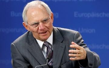 Σόιμπλε: Το ΔΝΤ δεν ζήτησε κούρεμα του ελληνικού χρέους