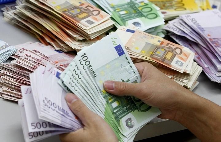 Bild: Ειδικό τέλος στις 500 πλουσιότερες οικογένειες της Ελλάδας