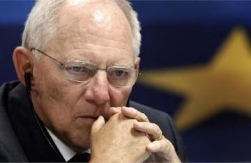 Σόιμπλε: Πριν τη συνεδρίαση του Eurogroup θα συναντηθώ με τον Βαρουφάκη