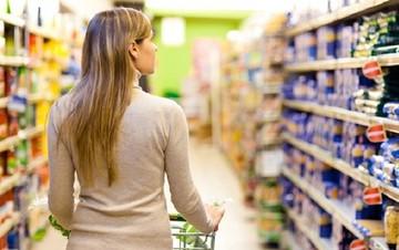 ΕΛΣΤΑΤ: Μειώθηκε κατά 1,8% ο Δείκτης Τιμών Καταναλωτή τον Απρίλιο (Διάγραμμα)