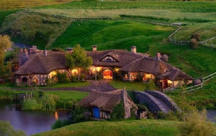 Ένα αληθινό σπίτι - Χόμπιτ βγαλμένο από τον κόσμο του Τόλκιν (ΦΩΤΟ)