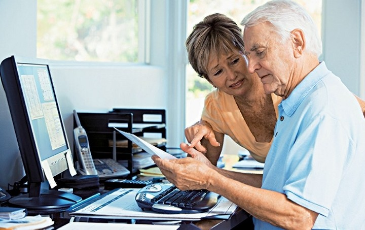 Οι δανειστές θέλουν αύξηση των ορίων ηλικίας συνταξιοδότησης