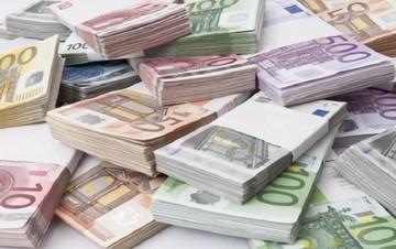 Με το σταγονόμετρο τα δάνεια των τραπεζών