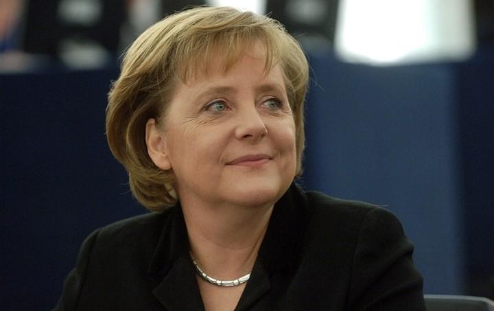 15 βουλευτές της Μέρκελ θέλουν χρεοκοπία της Ελλάδας