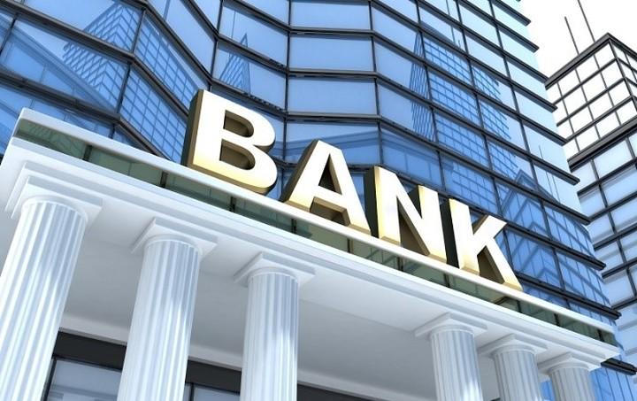 Τετ α τετ τραπεζών με καταθέτες για την επιστροφή καταθέσεων - Τι τους τάζουν