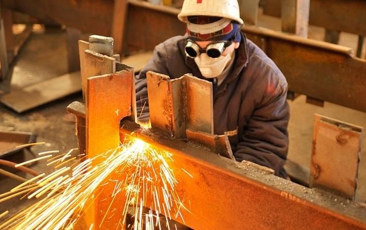 Αυξημένη η βιομηχανική παραγωγή το Μάρτιο του 2015 σε σύγκριση με πέρισυ