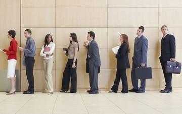 Έρχονται 30.000 θέσεις για άνεργους νέους μέσω του ΕΣΠΑ