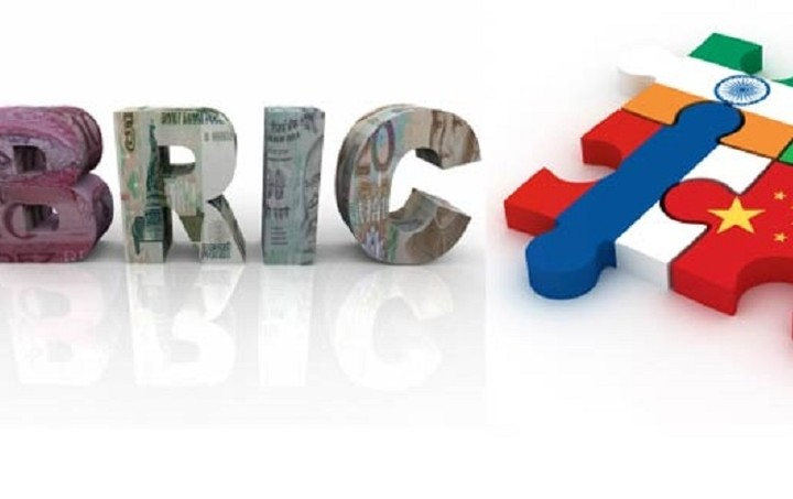 Τι συνέπειες θα έχει για την Αθήνα η ένταξή της στην αναπτυξιακή τράπεζα των BRICS