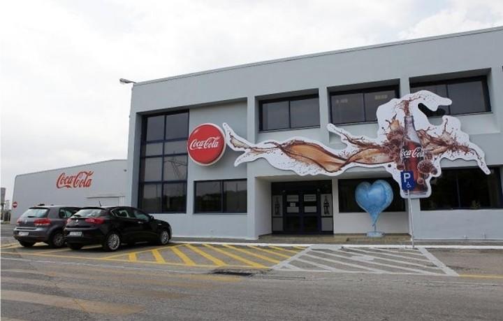 Κλείσιμο μονάδων και περικοπές κόστους από την Coca Cola 3E