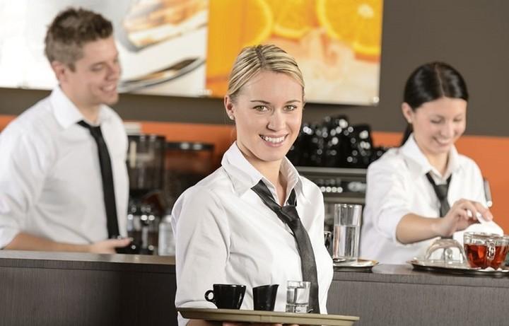 ΣΕΤΕ: Σημαντική η συμβολή του τουρισμού στην απασχόληση