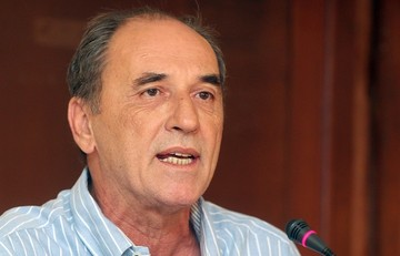 Σταθάκης: Θα συνεχιστούν οι διαδικασίες ιδιωτικοποίησης του ΟΛΠ και των περιφερειακών αεροδρομίων