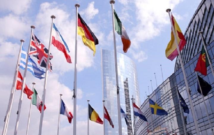 Wirtschaftswoche: Grexit, Brexit ή έξοδος και των δύο χωρών