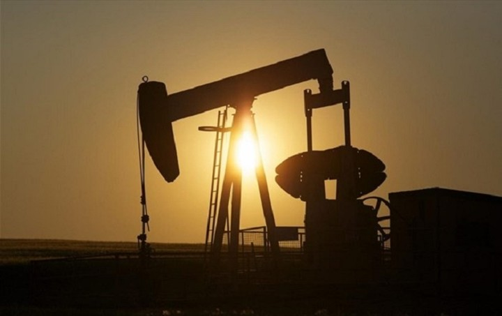 Κάτω από τα 67 δολάρια σταθεροποιείται το πετρέλαιο