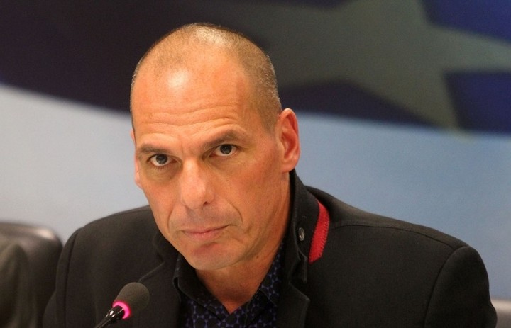 Βαρουφάκης:«Η κυβέρνηση δεν θα προχωρήσει σε περικοπές μισθών και συντάξεων»