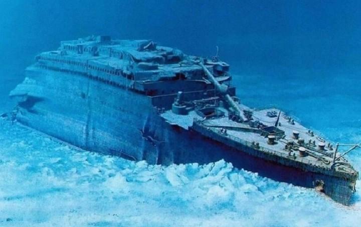 Μια υποβρύχια ξενάγηση στο ναυάγιο του Τιτανικού, σας στέλνει στα βάθη του Ατλαντικού! Το σκέφτεστε;