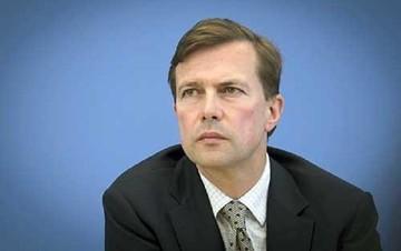 Το Βερολίνο χαμηλώνει τους τόνους για τις διαπραγματεύσεις