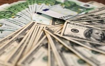 Υποχωρεί κατά 1,27% το ευρώ έναντι του δολαρίου