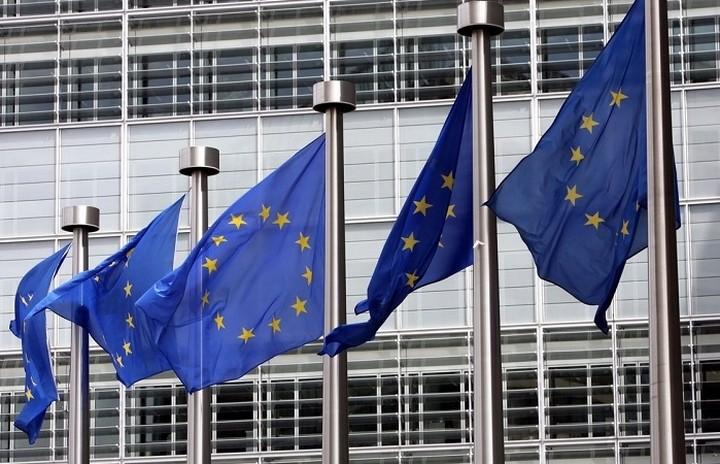 Κομισιόν: Yπάρχει ανάγκη να ενισχυθεί ο ανταγωνισμός στην ελληνική αγορά ηλεκτρικής ενέργειας