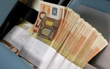 Ελλειμμα 2,2 δισ. στο ισοζύγιο τρεχουσών συναλλαγών το α' τριμήνο του 2015