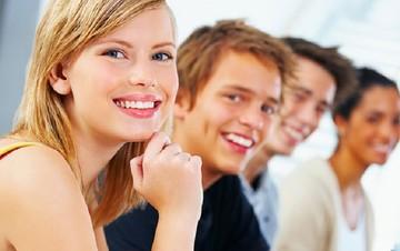 Κομισιόν: Κονδύλια ύψους 171 εκατ. ευρώ για την απασχόληση των νέων